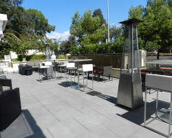bg-patio-aloft-hotel-cupertino-ca